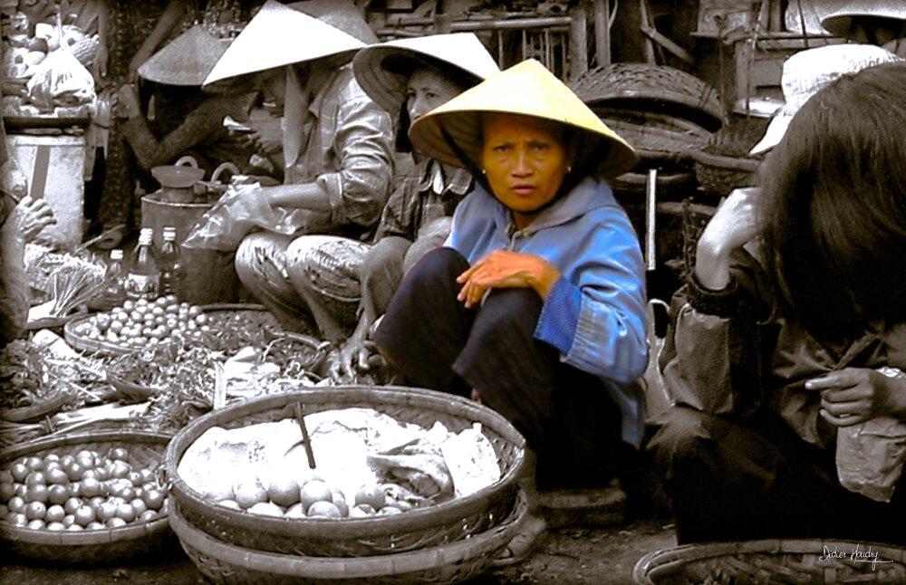 Sur le marché à Hoi An