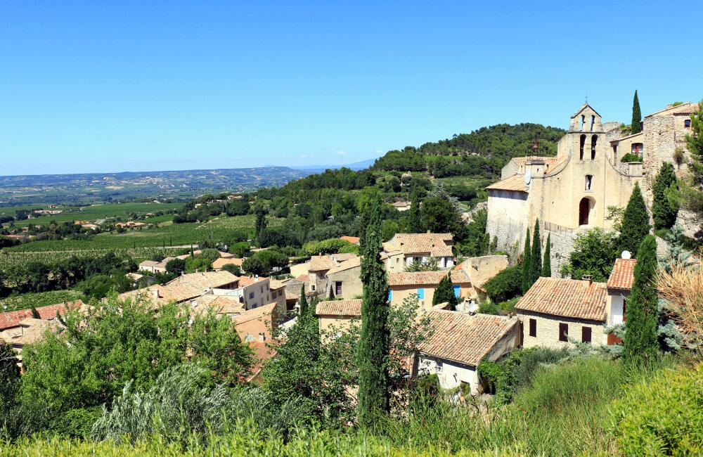 Gigondas, petit village du Vaucluse connu par ses vins réputés