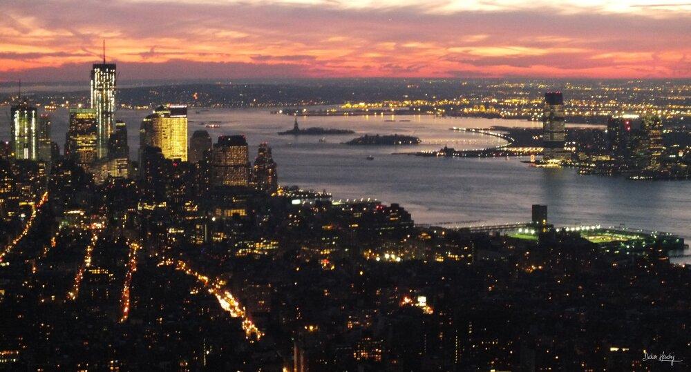 Quand la nuit tombe sur New York