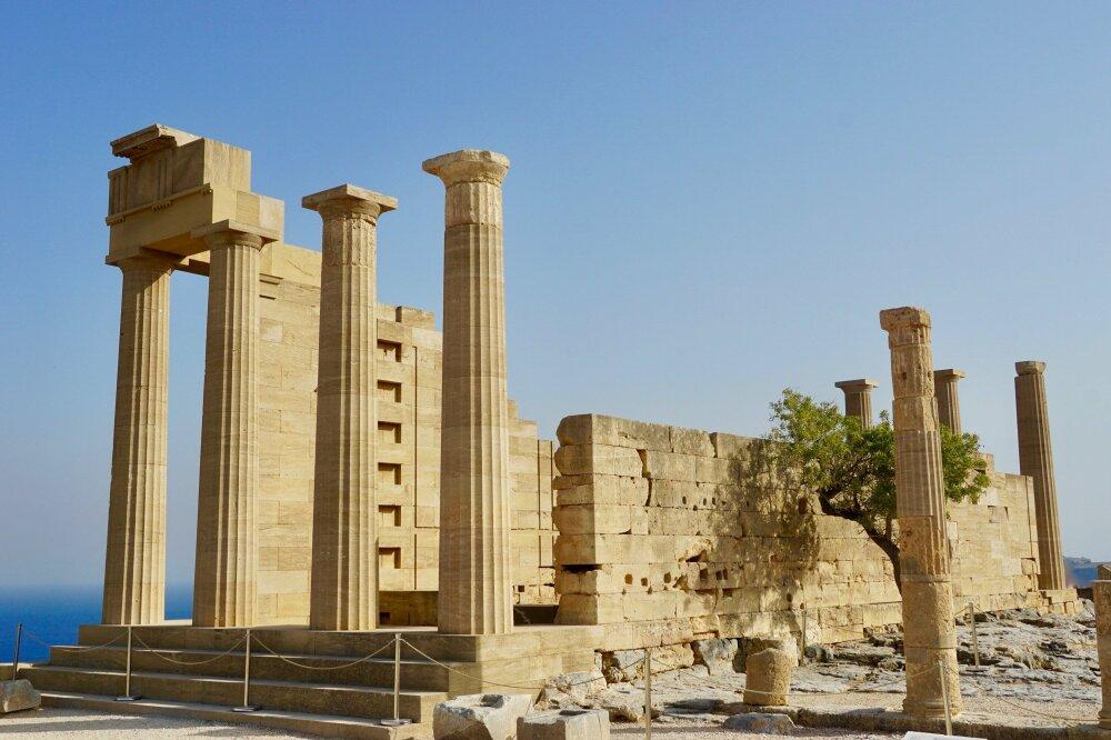 Acropole de Lindos sur l'île de Rhodes