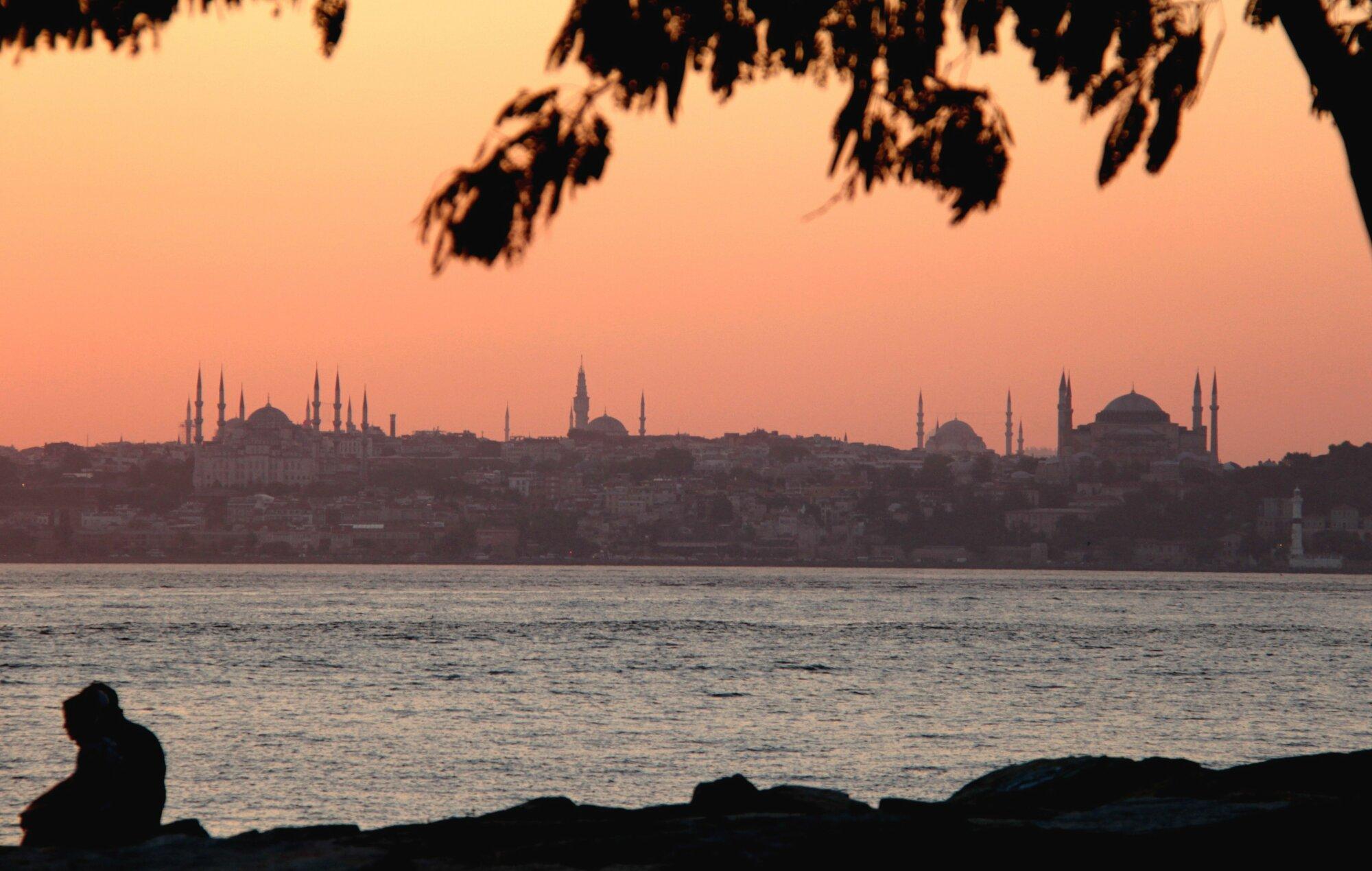 Mosquées au soleil couchant