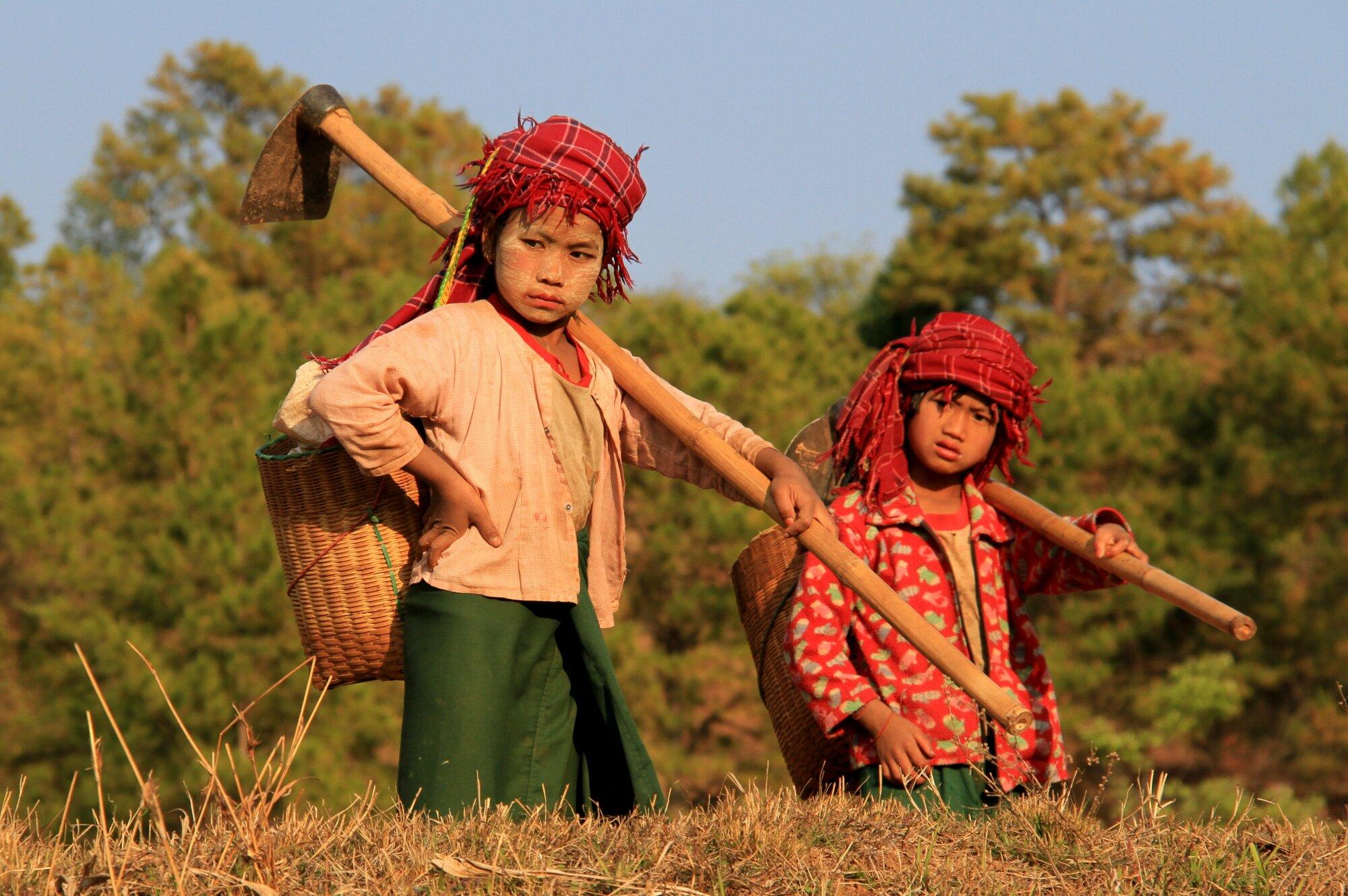 Enfants travailleurs .....