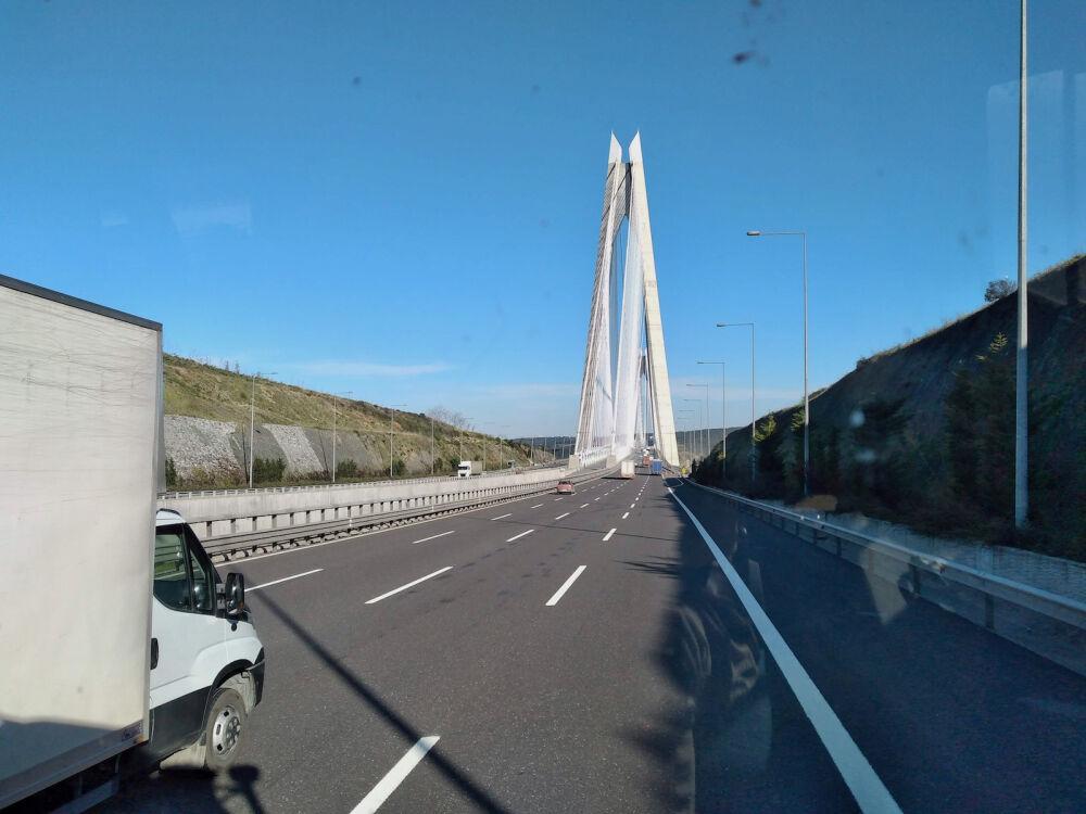 un pont Bosphore