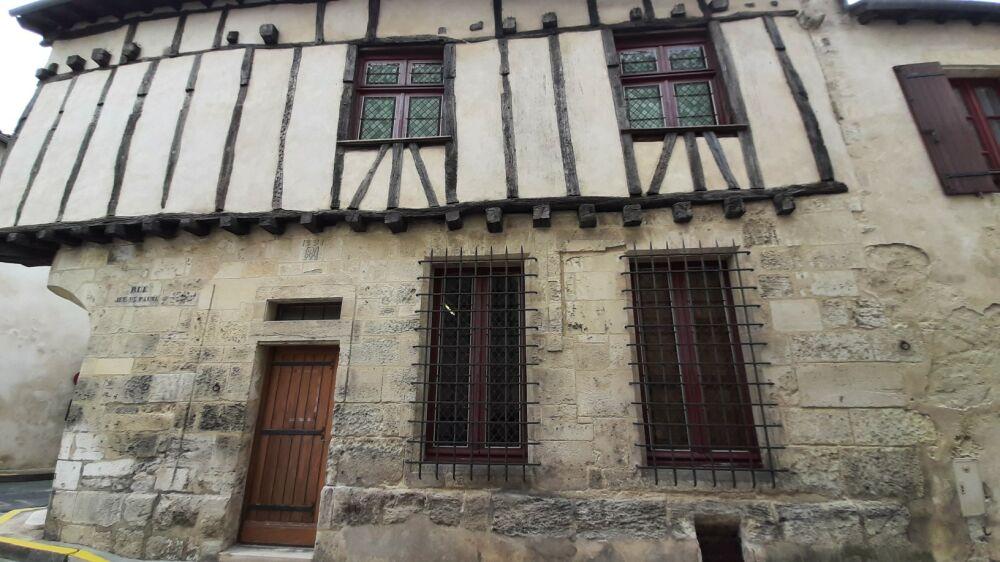 Rue du jeu de paume, St Jean d'Angely